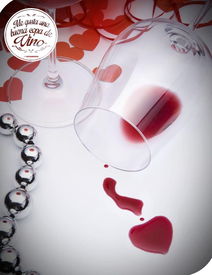 Una copa de vino siempre cae bien en viernes: más si es tinto. Si es con amigos, mejora aún más!