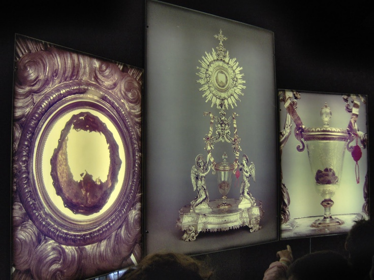 Eucharistic Miracle closer up