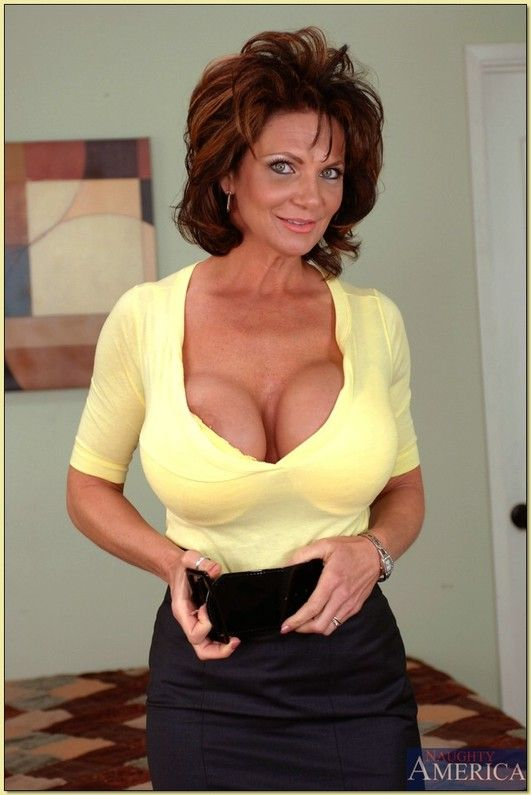 topmost milf personals Collection of free porn: cougar, milf, mature, mom, granny, gilf and much more.