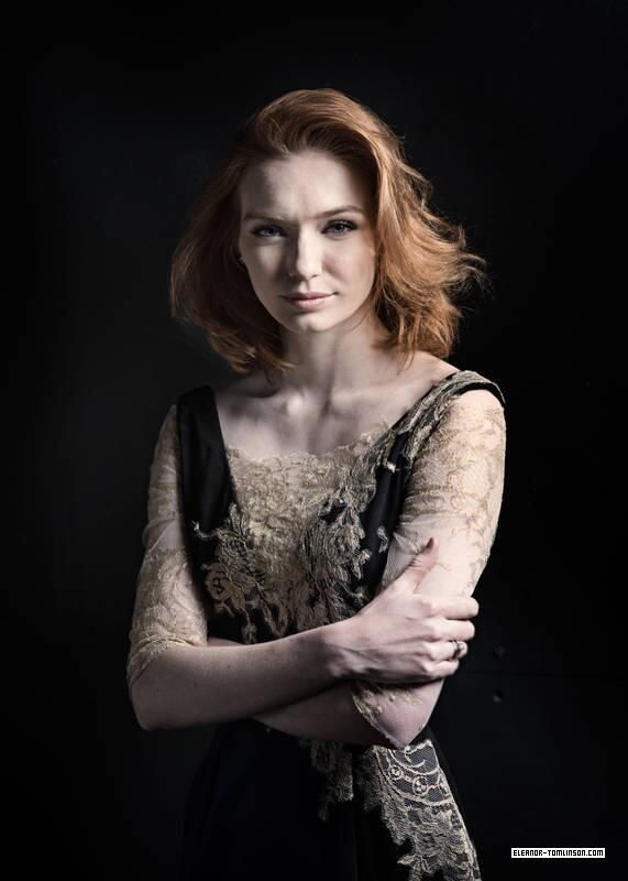 Via Eleanor-TomlinsonCom @ETomlinsonCom Outtake from #EleanorTomlinson's…