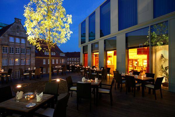 Terrasse / Terrace | H4 Hotel Münster City Centre