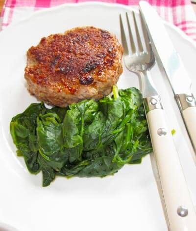 Low Carb Frikadelle an Spinat