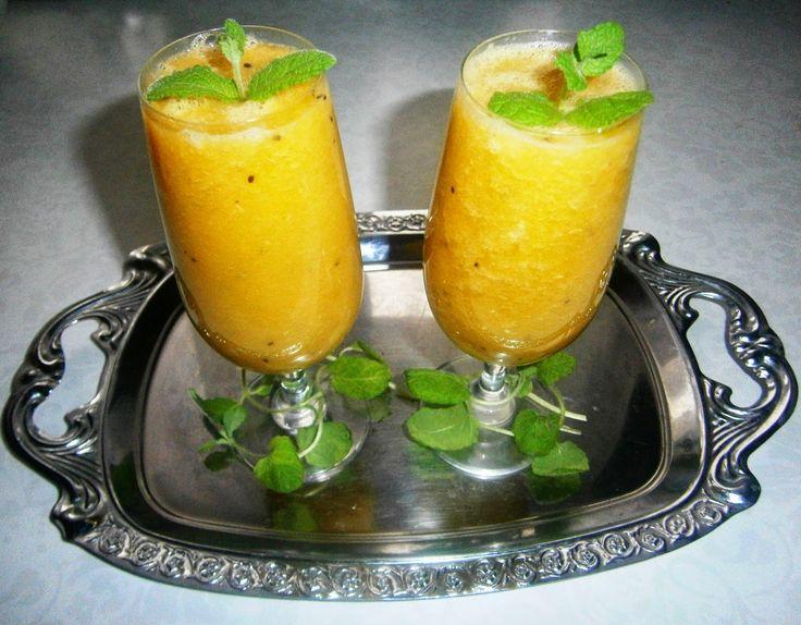 Kto ugości moich gości?: Koktajl pomarańczowy z gruszką i kiwi