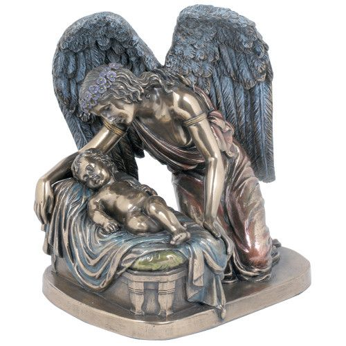 Guardian Angel With Baby Memorial Statue Miscarriage Gift