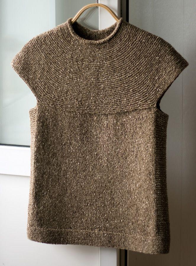 безрукавка ♪ ♪ ... #inspiration #crochet #knit #diy GB http://www.pinterest.com/gigibrazil/boards/