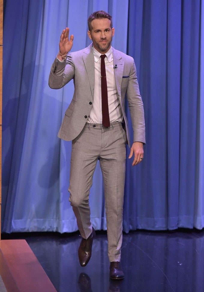 Promoting the release of Deadpool, Ryan Reynolds has stepped up his sartorial game lately. The 39 year-old actor sat down for an interview on The Tonight Show Starring Jimmy Fallon. Going for a spring neutral look, Reynolds wore a two-piece suit from Brunello Cucinelli. Charming in navy, the Deadpool star opted for a slim-cut suit...[ReadMore]