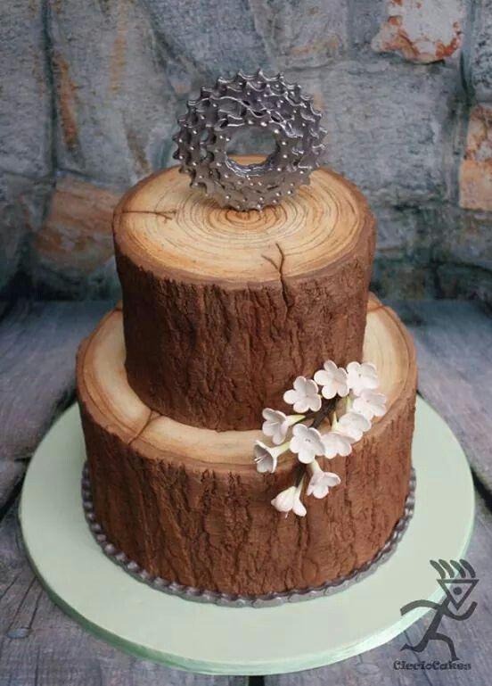 Wood effed cake