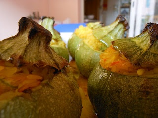 The Dreaming Seed: Zucchini stuffed with rice and safron, low fat, healthy and very, very good.....