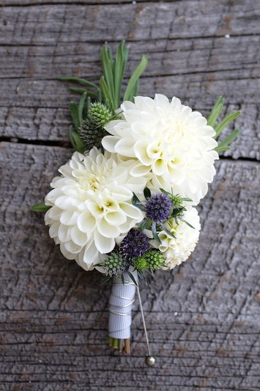 Boutonniere - I like the flowers here (are these dahlias?).  For men, maybe we don't need so many flowers, maybe a simple version with just one flower.  I like this for a pin-on corsage.