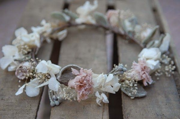 corona flores niña #sallyhambleton