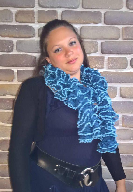 13 best echarpe fait main fantaisie images on Pinterest   Loom knit ... 0dd5c1e6958