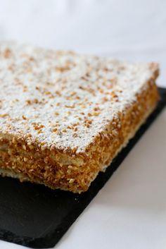 Le Russe - Depuis le Meilleur Pâtissier on voit ce gâteau un peu partout et étant une fan de praliné je ne pouvais pas passer à côté. Je me suis renseignée sur le gâteau et j'ai eu énormément de conseils de la part de mon ami JM ( Le Meilleur pâtissier ) qui m'a...