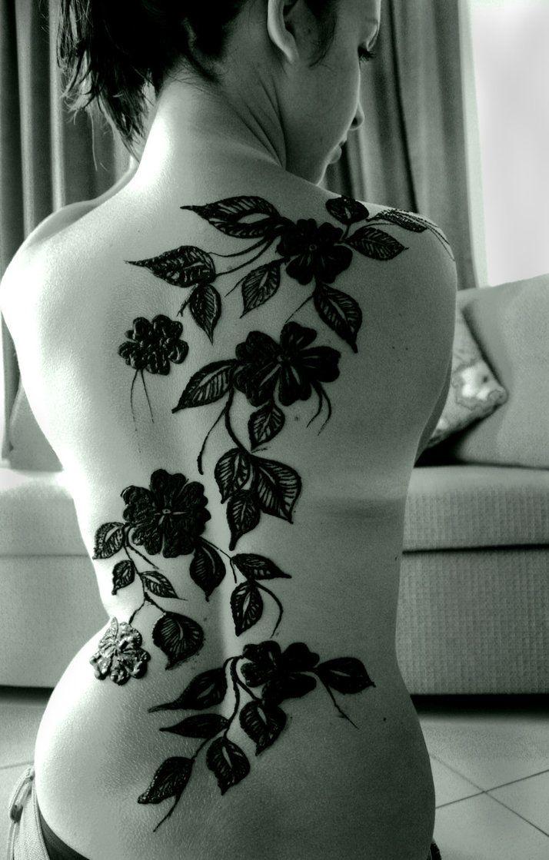 : Flowers Tattoo, Henna Art, Henna Design, Back Tattoo, Black Flowers, Body Art, Henna Tattoo Design, Floral Tattoo, Bodyart