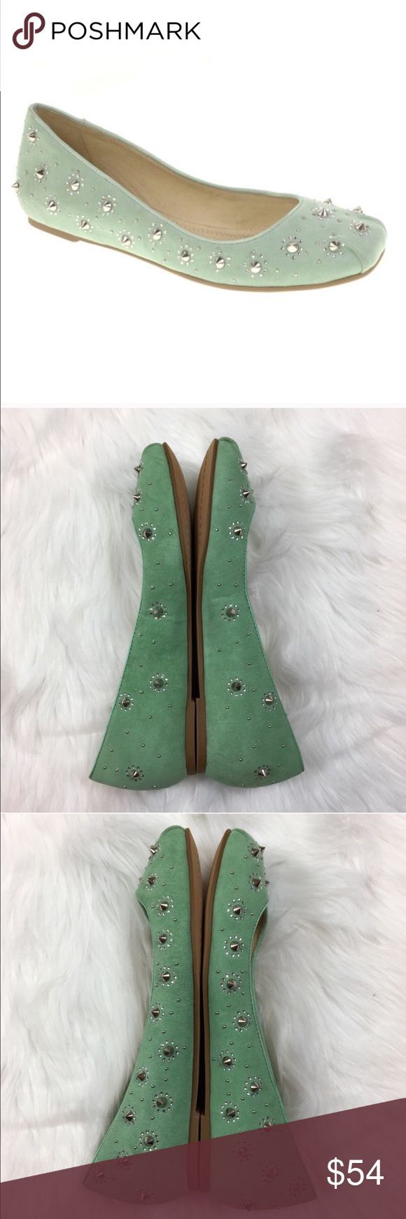 Chinese Laundry Kristin Cavallari Amore Flats Chinese Laundry Kristin Cavallari Amore Flats. Size 7. These are in excellent condition but have small flaw as pictured above toe. No box no dust bag. All studs are intact.  ❌I do not Trade 🙅🏻 Or model💲 Posh Transactions ONLY Chinese Laundry Shoes Flats & Loafers