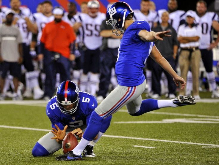 Former Kicker Lawrence Tynes Suing Tampa Bay Buccaneers Over MRSA Infection   FatManWriting