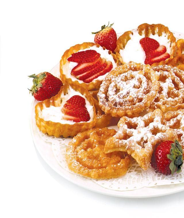How to use a Rosette/Timbale iron to make tasty, crispy fried cookies. You'll want to try making these to impress your family and friends.