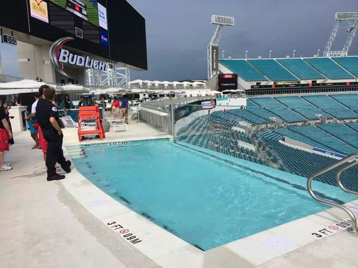 Jacksonville Jaguar Awesome Pool Inside The Stadium Relaxation Pool Side Splash