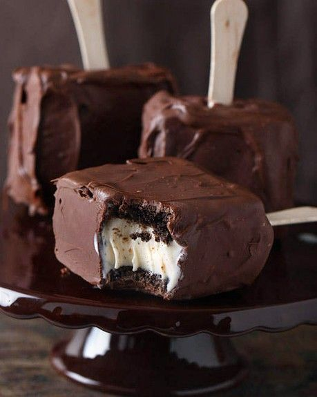 awesome brownie icecream sandwiches favorite-recipes: Fun Recipe, Ice Cream Sandwiches, Chocolate Covered, Chocolates Covers, Recipes, Ice Cream Bar, Brownies Ice, Covers Brownies, Icecream