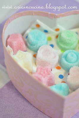 Blog di cucina di Aria: Zuccherini colorati per persone speciali.....