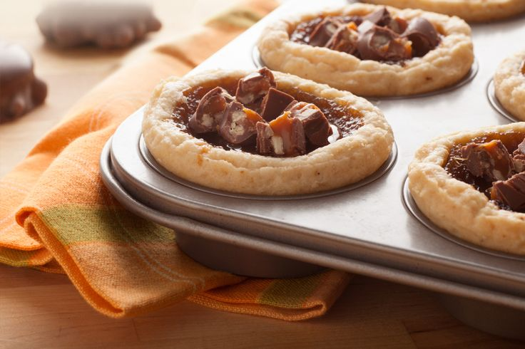TURTLES Butter Tarts How do you turn butter tarts into better tarts? TURTLES, of course.