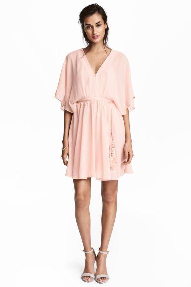 Krótka sukienka z szyfonu - Pudroworóżowy - ONA | H&M PL 1