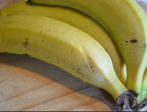 Banana liqueur | Drinks: Likker (Homemade Recipes) | Pinterest