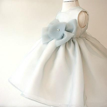 Girly's Flower girl dresses, Bridesmaid dresses, Baby girl birthday dresses, Christmas dress, Communion dress, Baby shoes, Baby headband.