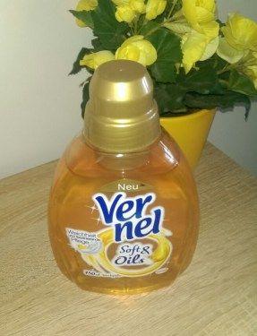 Vernel Soft&Oils – die Schönheitspflege für deine Wäsche. Vernel Soft&Oils Weichspüler: Ein Weichspüler mit Duftöl, der die Wäsche pflegen soll und mit seinem Duft die Sinne verwöhnt. Ein d...