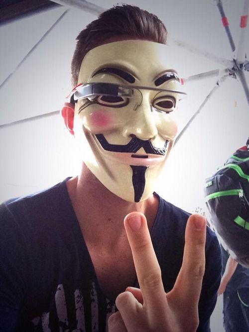 Nicky Romero takes selfie wearing google glass at tomorrow world, I remember this.