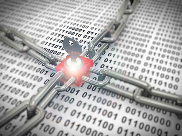 Podle bezpečnostní společnosti FireEye útočili hackeři kvůli rozšíření NATO na Černou Horu: https://www.antivirovecentrum.cz/aktuality/rusti-hackeri-utocili-kvuli-rozsireni-nato-na-cernou-horu.aspx