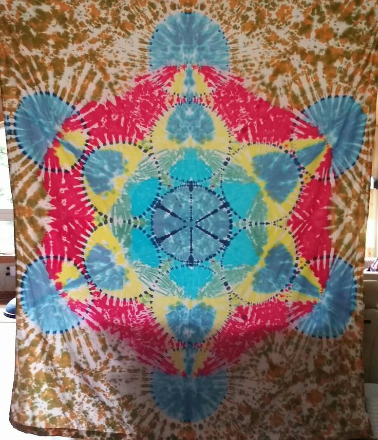 Metatrons cube tiedye tapestry.  Tonystiedyes.com