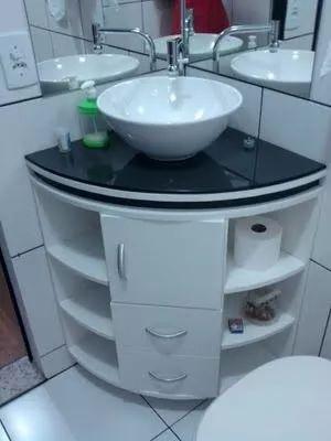armario de banheiro pequeno