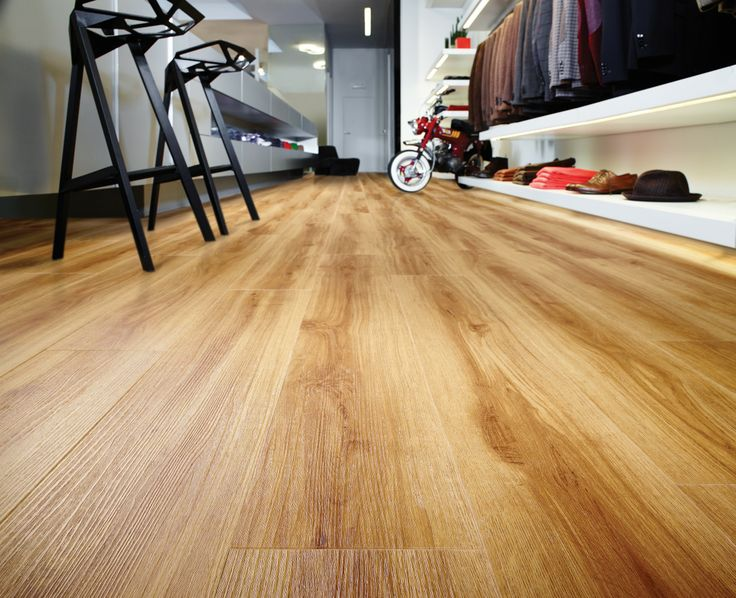 Luxury Vinyl Tile Moduleo Classic Oak 24438 Modern
