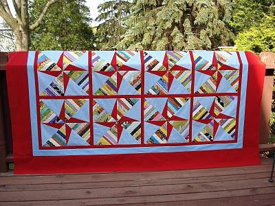 Double Pinwheel String Quilt tutorial: Quilts Patterns, Dreamy Quilts, Double Pinwheels, Blocks Tutorials, Quilts Blocks, Crafts Tutorials, Quilts Ideas, Pinwheels String, Quilts Tutorials