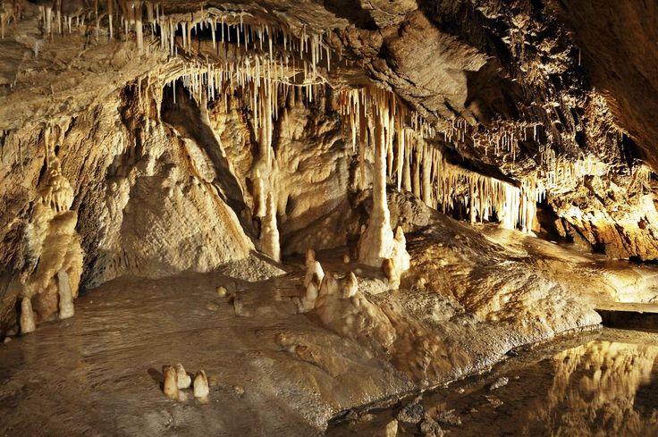 Jaskinia niedźwiedzia w Kletnie - niezwykłe miejsce.  http://www.idodo.pl/