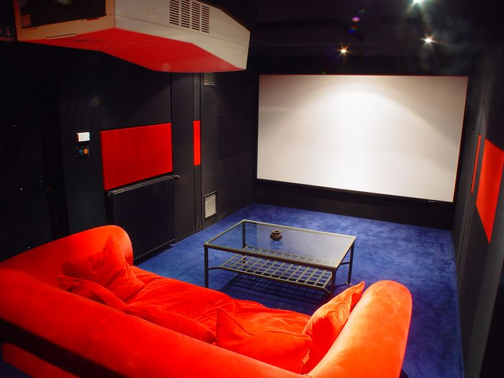Salle de cinéma 7.1ch , enceintes Triad Gold & caisson de basse triad platinium, Preampli THX Lexicon DC2 amplis de puissance Rotel THX, écran de projection screenresearch THX, Projecteur vidéo Tritube Barco Ciné 8 traitement d'image Faroudja, domotique Amx. Traitement acoustique et design Olivier Arnaud-bour Design & intérieur, Installation Movie Store Cedric Arnaud-Bour Paris France.@asgalerie #asgalerie #Barco #Screenreseach #Amx #Triad #Faroudja #Rotel #Thx.