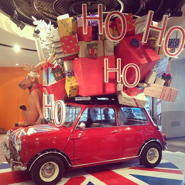 "LE BHV/MARAIS,Paris,France, ""Ho Ho Ho... It's a British Christmas"",photo by Adeline Cabale, pinned by Ton van der Veer"