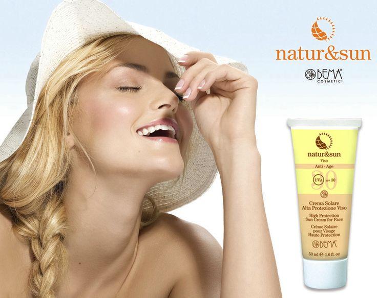 Natur&Sun Anti-Age previene le scottature su viso e zone delicate del corpo in modo del tutto naturale.  Previene anche la comparsa delle rughe grazie al Pisum Sativum.