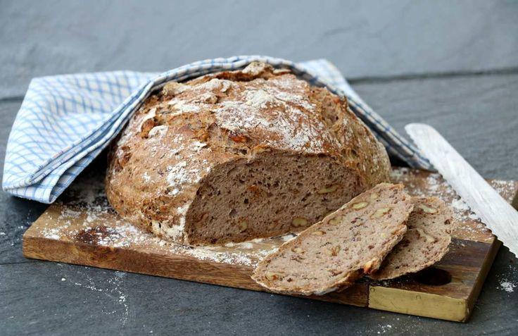 Eltefritt brød med havre, spelt og valnøtter - lindastuhaug
