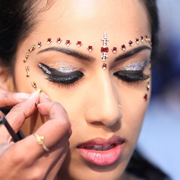 Wonderful Aaina   Bridal Beauty And Style: Tricks Of The Trade: Backstage At The  Bride Show Dubai 2012 Ideas
