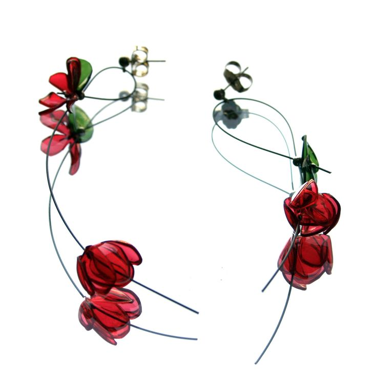 ecycled plastic bottle earrings made by GULNUR OZDAGLAR