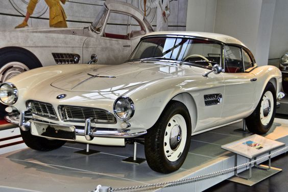 1956-59 BMW 507 Roadster