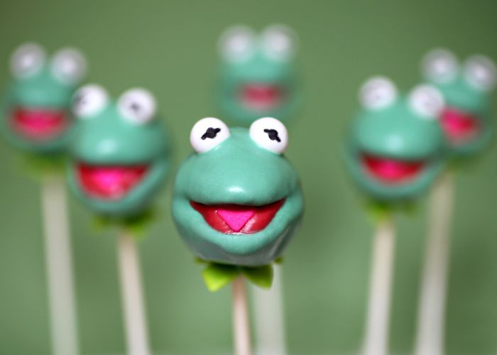 Kermit cake pops: Idea, Recipe, Food, Cake Pops, Frog Cakes, Disney Cake, Cake Pops