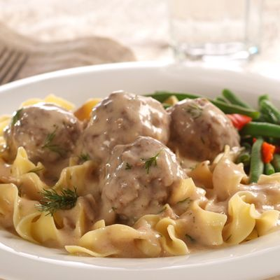 Swedish Meatballs with Noodles... Haven't attempted these but I love these Budget Gourmet frozen dinners : )