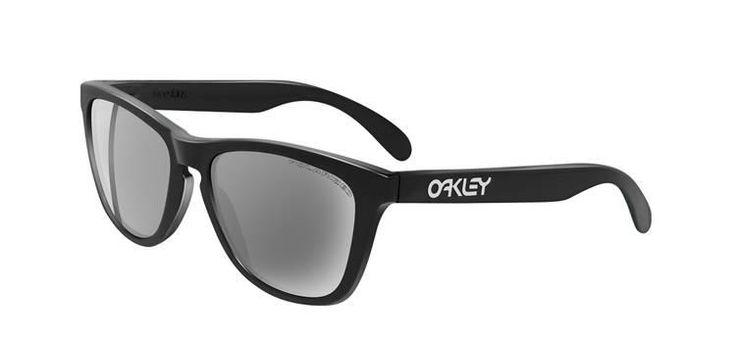 Nytillverkad upplaga av 80-talsbrillorna Oakley Frogskins. Finns i en mängd färger, men upplagan ska vara begränsad till 300 exemplar.