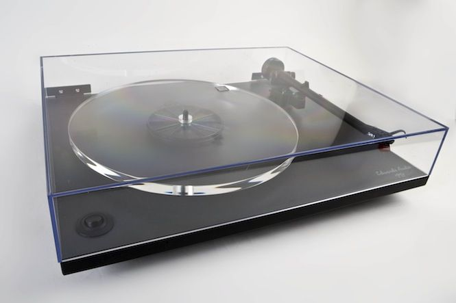 EDWARDS AUDIO TT1 — every library needs a decent sound system for playing classical vinyls.