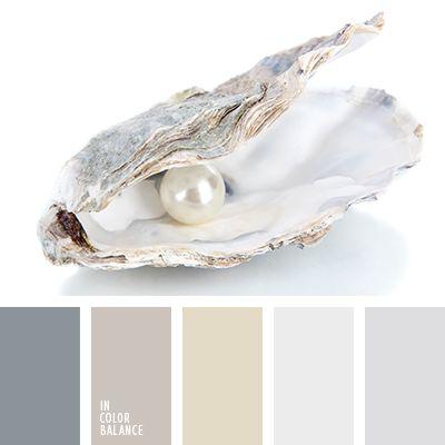 Los tonos suaves de colores marrón y gris perla son convenientes para decorar un dormitorio.  Crearán un ambiente relajante y propicio para el sueño y el descanso.