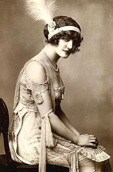 Lily Elsie/Belle Époque -  was a popular English actress and singer during the Edwardian era
