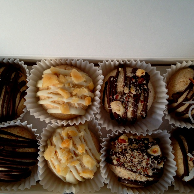 Nut Lovers Box - $9.00 CAD Chocolate Almond, White Chocolate Macadamia Nut, Chocolate Hazelnut, Chocolate Coconut ORDER TODAY!  email: lainenlola@rogers.com