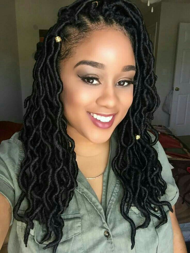 hair loc styles here s how you can install goddess faux locs on 1112